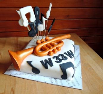 tort dla muzyka trąbka