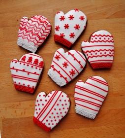 tradycyjne pierniczki miodowe rękawiczki