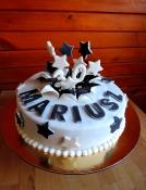 """Mariusz -tort """"wybuch"""" na 30 urodziny"""